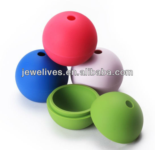 Silicone ice cube in ball shape