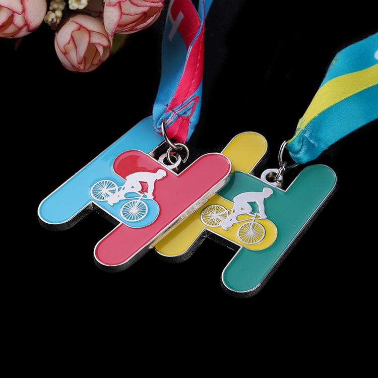 Silver award custom enamel cycling race bike ride metal sports medals