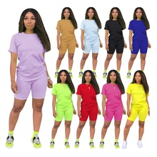Hot sales <strong>S</strong>-4XL solid color tracksuit 2020 2 piece shorts women set