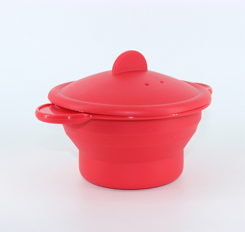 Hot Kitchenware Red Small Food Grade FDA Collapsible Foldable Silicone Steamer
