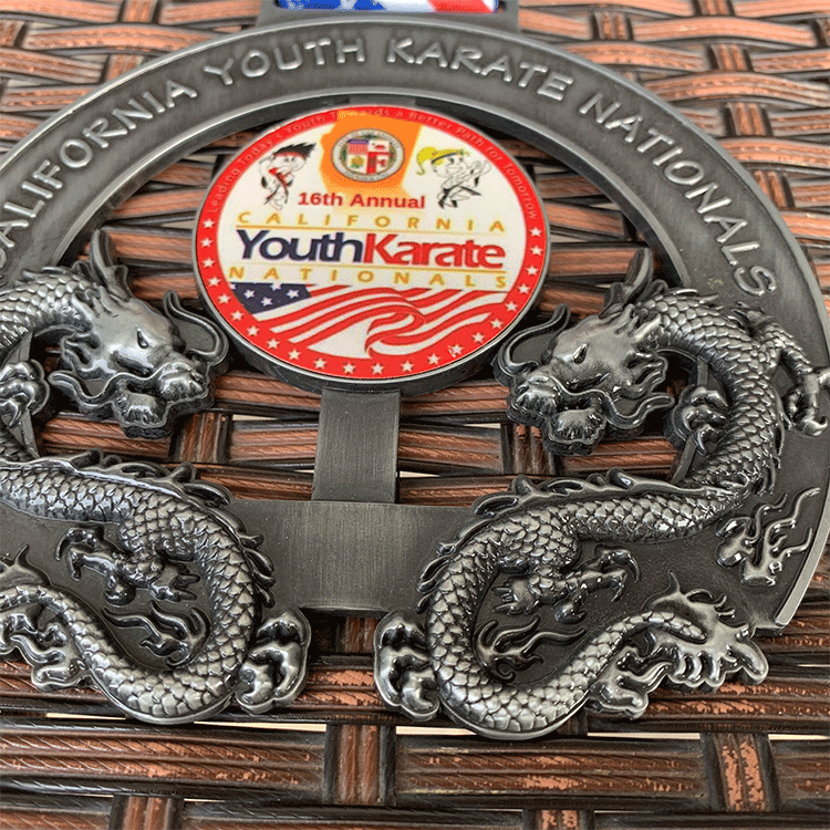 Promotional factory cheap custom 3d silver karate medals