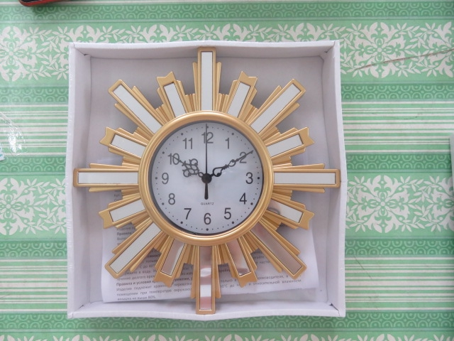 modern design plastic clock home deco wall hang