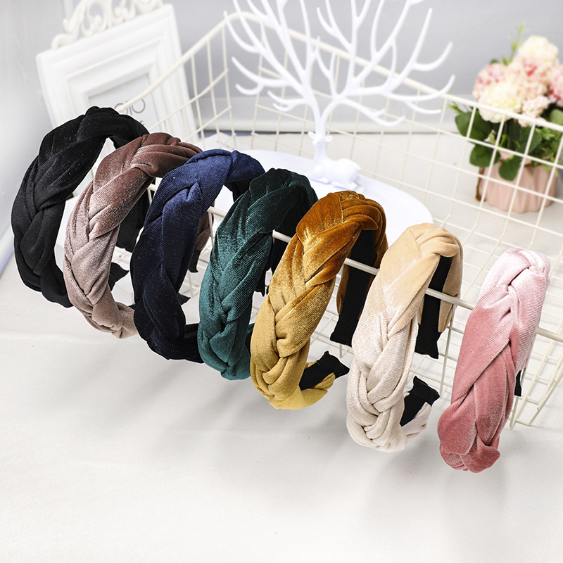 LRTOU Wholesale Custom Fashion <strong>Hair</strong> <strong>Accessory</strong> Plain Velvet Fabric Braid Plastic Hairband <strong>Hair</strong> Band Headband For Women