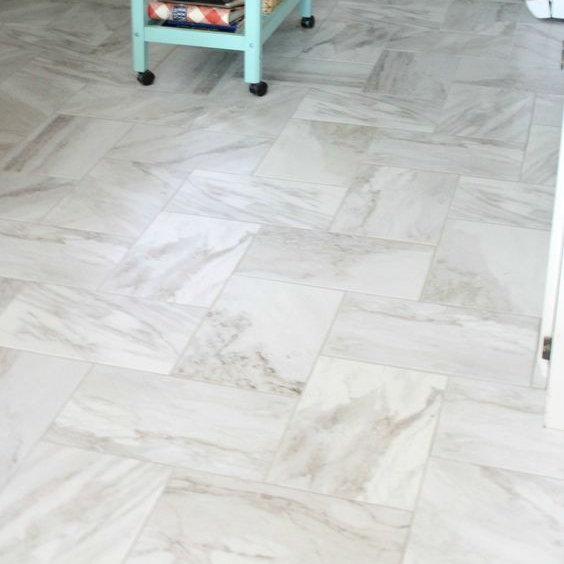 White marble floor <strong>tile</strong>