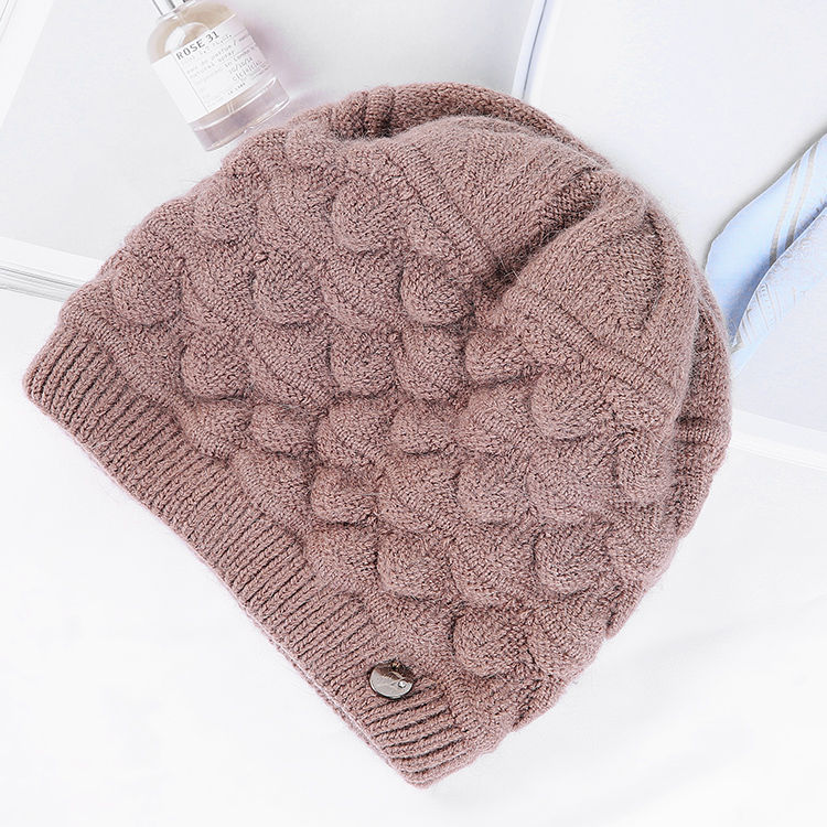 OEM Quality Customized Warm Beanies Hats Custom Winter Wool Knitted Hat for Woman
