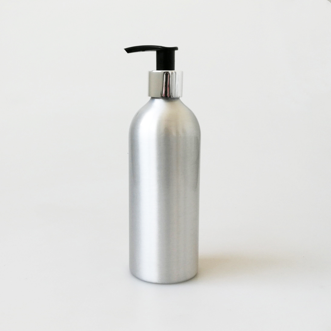 100% recyclable empty 300ml aluminium <strong>bottle</strong> with lotion pump for hand wash no printing