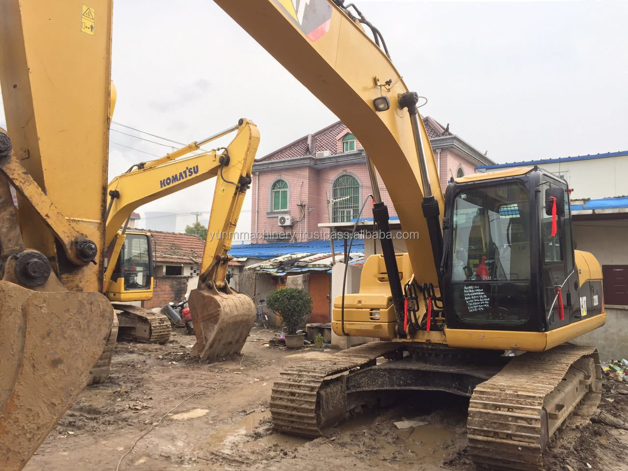 USED construction Caterpillar 320D earth moving excavator machine CAT 320B 320C 330C used excavator