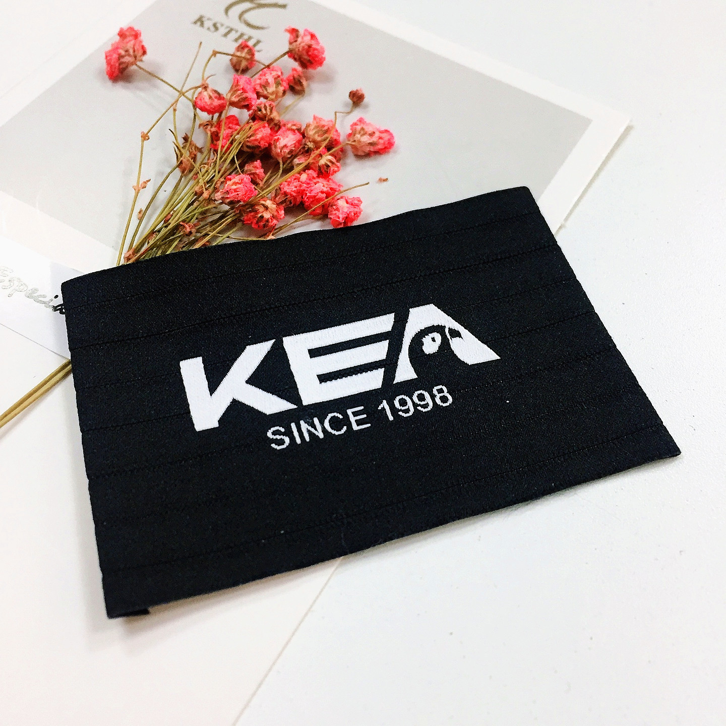 high fashion clothing flat woven garments label for t shirt