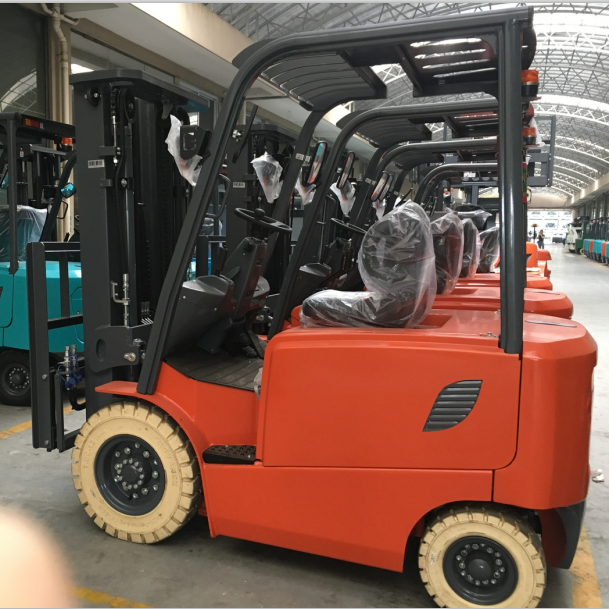 Electric forklift 2 tons of two three-meter mast