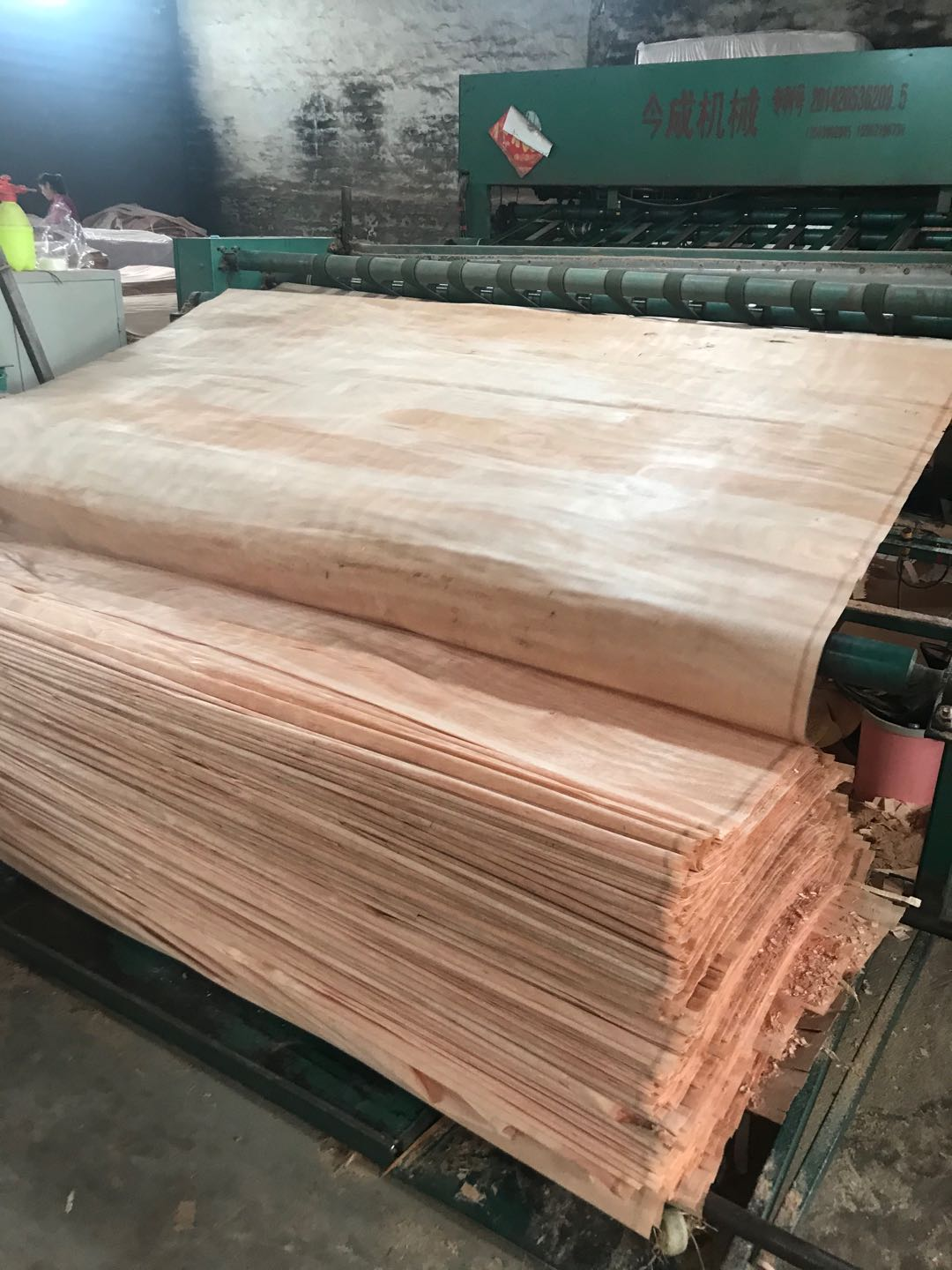 Manufacturers Direct Selling natural wood Okoume veneer sheets