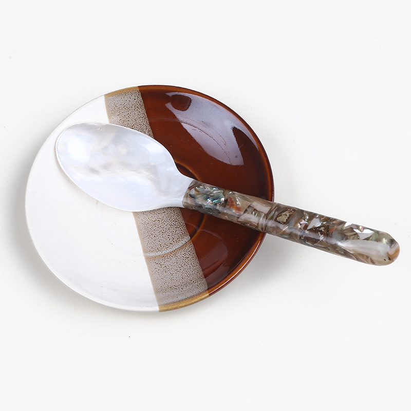 Mother of Pearl Shell Spoon for Tableware