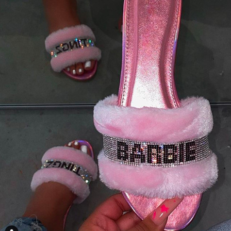 2020 New Arrival Ladies Flat Furry <strong>Slippers</strong> Pink Glitter Slides for Women Fashion Sandals