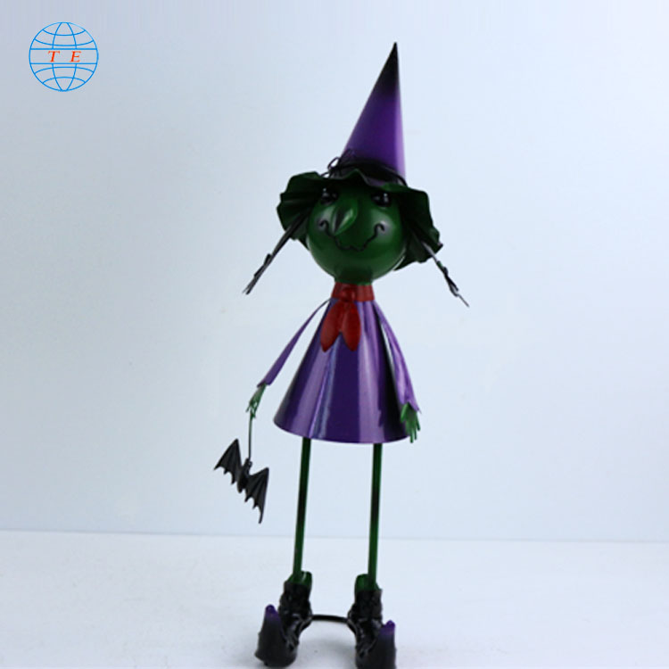 Domestic hot Halloween toys, creative Halloween decorations.