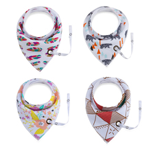 Amazon Hot Organic Cotton Printing Pattern Animal Absorbent Baby bibs bandana with Pacifier <strong>chain</strong>