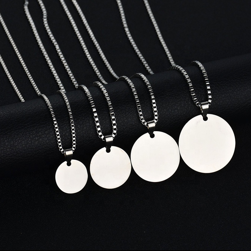 Fashion Simple jewelry Stainless Steel Personalized Round Plain Coin Pendant Necklace For Women Wholesale Custom name photo Logo