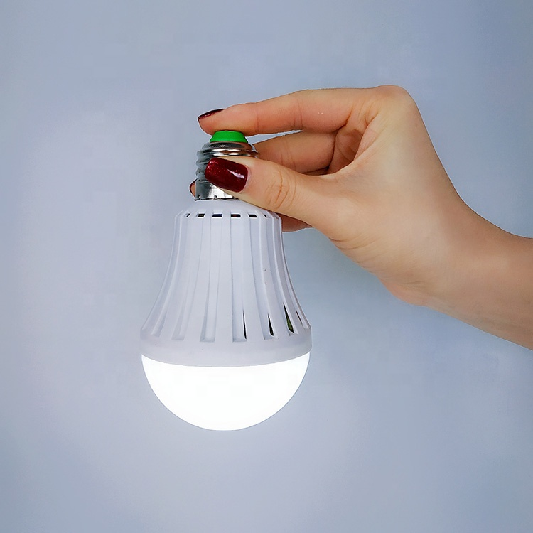 2019 New Design led rechargeable emergency light <strong>bulb</strong> with CE, RoHS approved