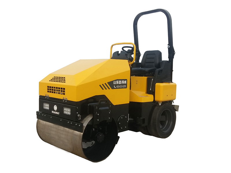 RWYL802 Working weight 3.2 tons tire combined vibratory roller