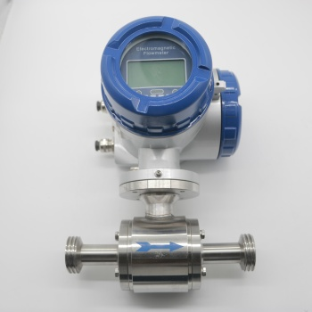 Different Types Pulse Output Electromagnetic Flow Meter Sanitary Grade Distributor For Food Grade