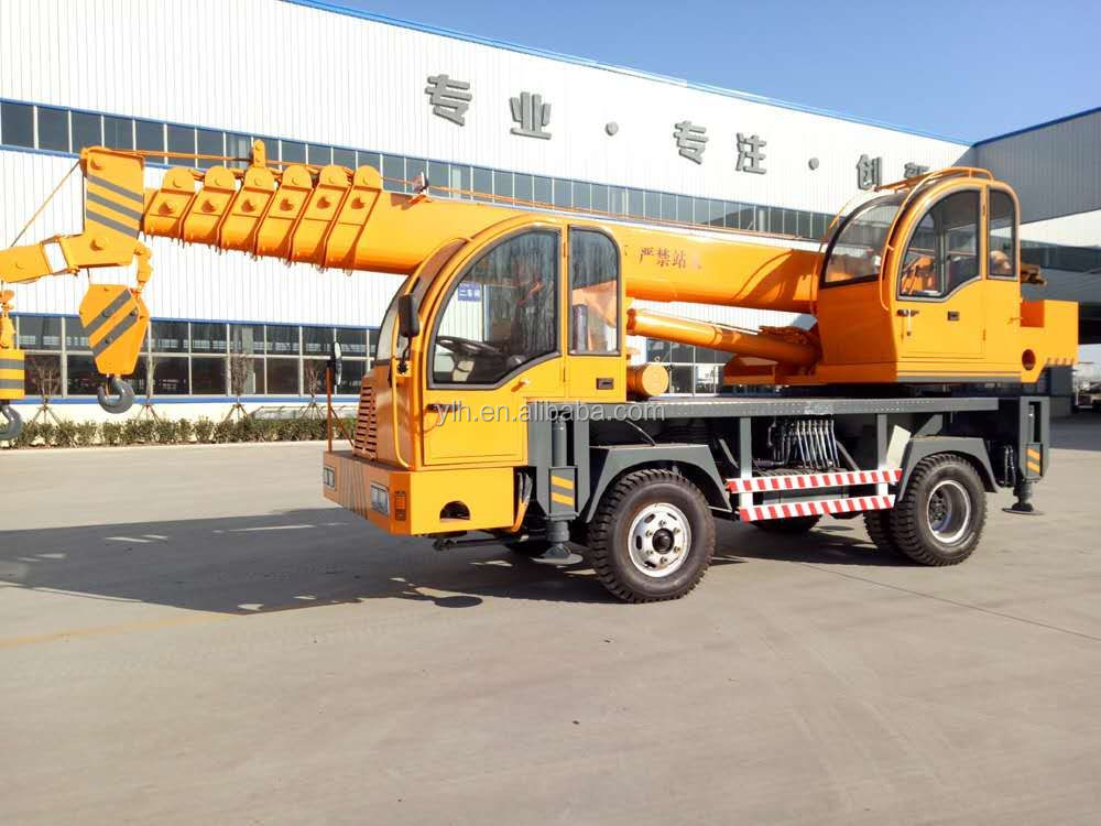 Hydraulic lift telescopic arm 8 ton China manual crane truck for sale