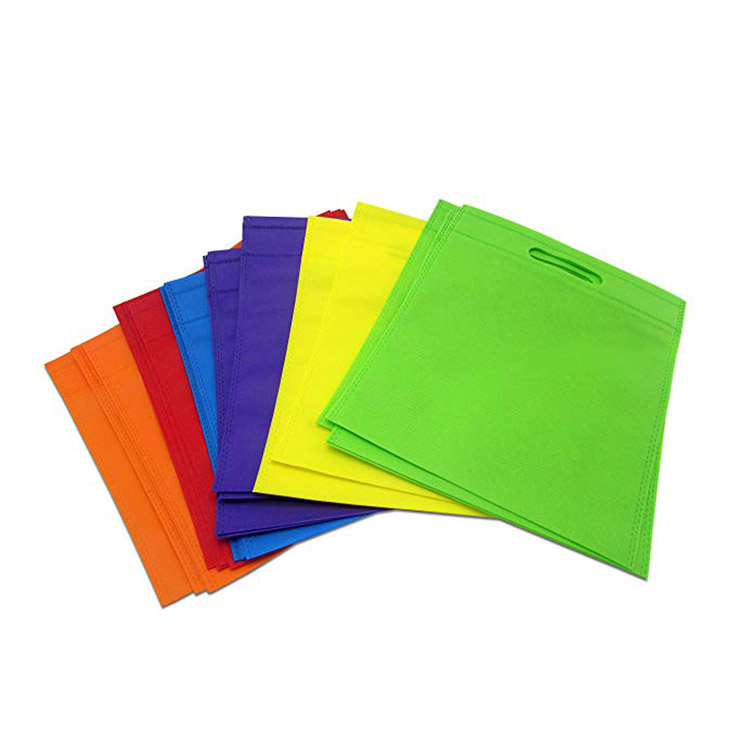 Manufacturer custom design <strong>D</strong> cut non woven bag with <strong>logo</strong>