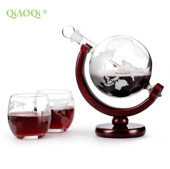 Wholesale Clear Decorative 850ml Globe Whiskey Decanter Globe Wine Decanter Glass Globe Bottle
