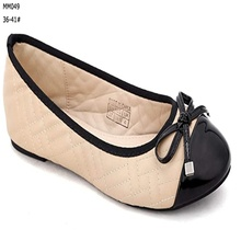 Latest embroidery threads effect women <strong>flat</strong> casual shoes
