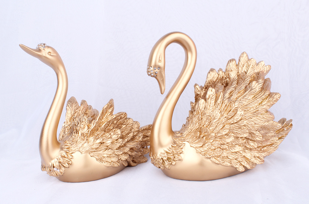 Resin Crafts Factory Manufacturer Accept Custom Wholesale Swan Home Decorations Wedding Statues Resin Swans JE-025
