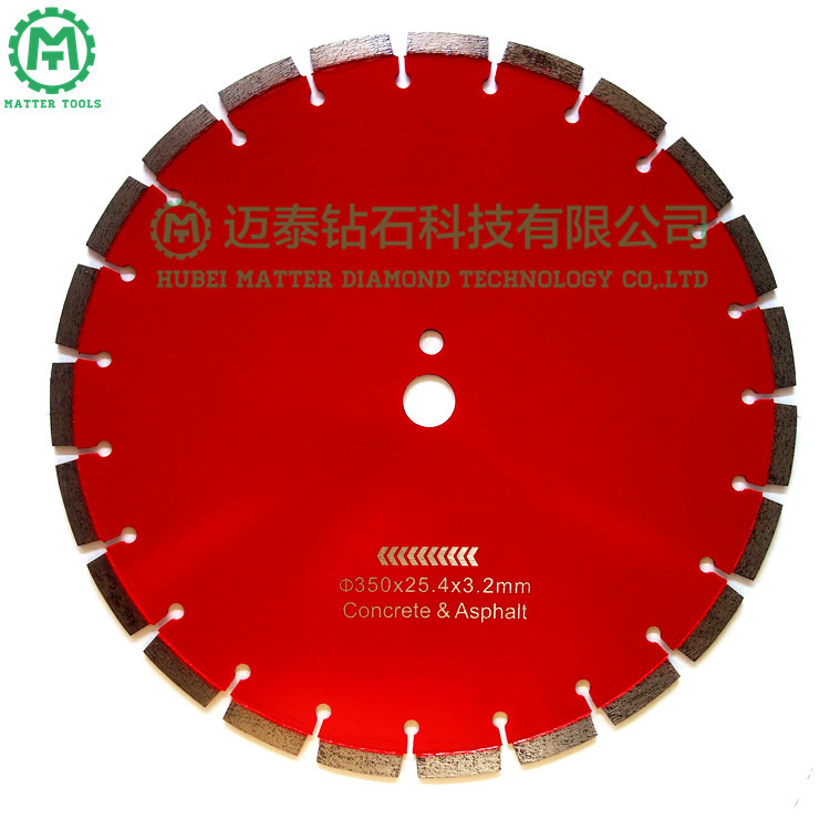 China Professional Supply Diamond Segment Saw Blade for Cutting Concrete