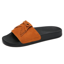 New arrivals wholesale women's tassel suede leather summer outdoor beach ladies Slides <strong>slippers</strong> for women