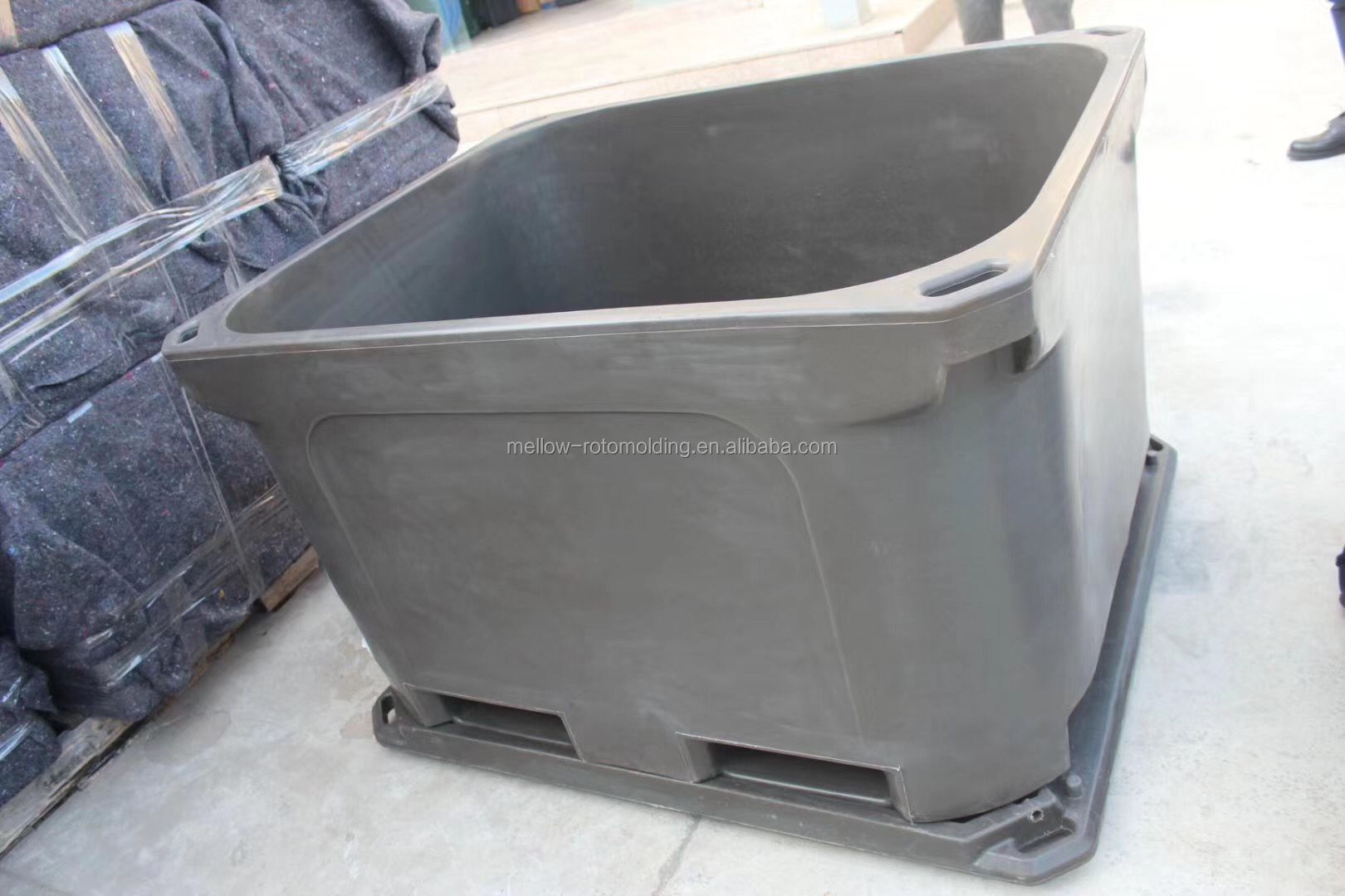 Customized forklift carrying large fish crisper cooler box