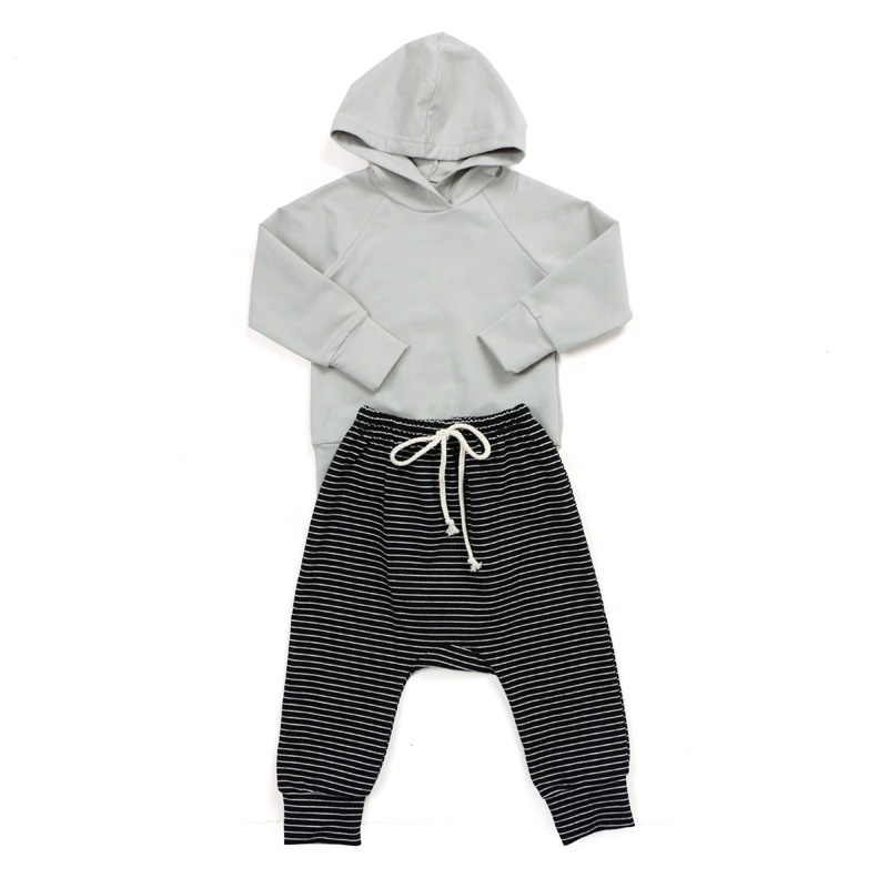 Fashional high quality cotton fabric design baby clothes girls outfit set clothing