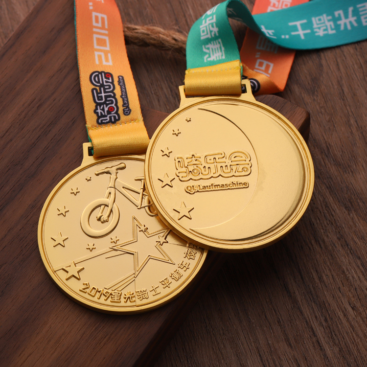 New design custom shiny gold die casting metal cycling award metal sports medals