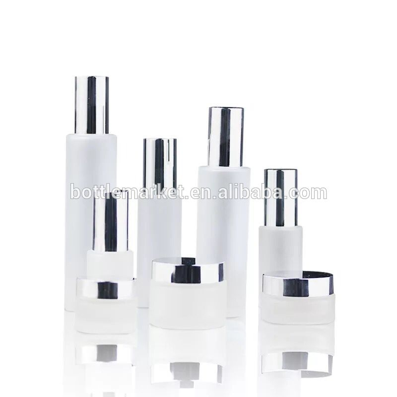 Hot-selling cosmetics bottle set 20g 30g 50g 30ml 50ml 100ml 120ml skin care essence package bottle