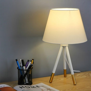 Wholesale Modern Table Lighting Bedroom Bedside Lamp Reading Study Desk Lamp Metal Tripod Table Lamp
