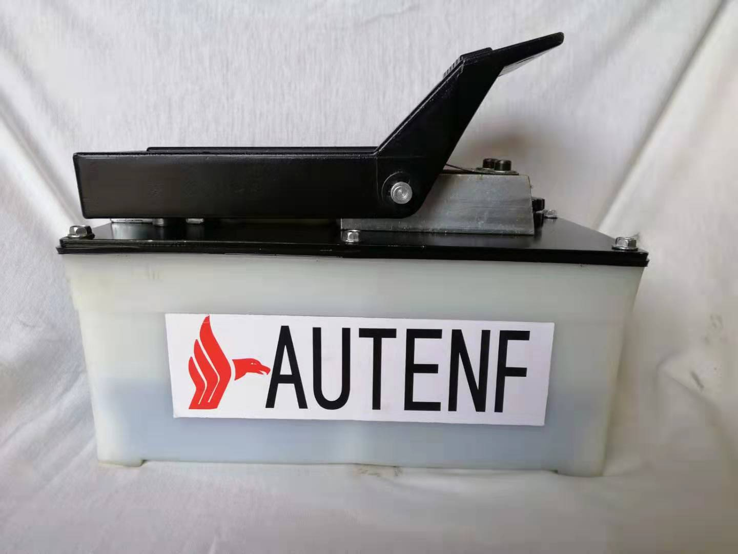 AUTENF PP96A2 air /hydraulic foot pump for auto body frame machine