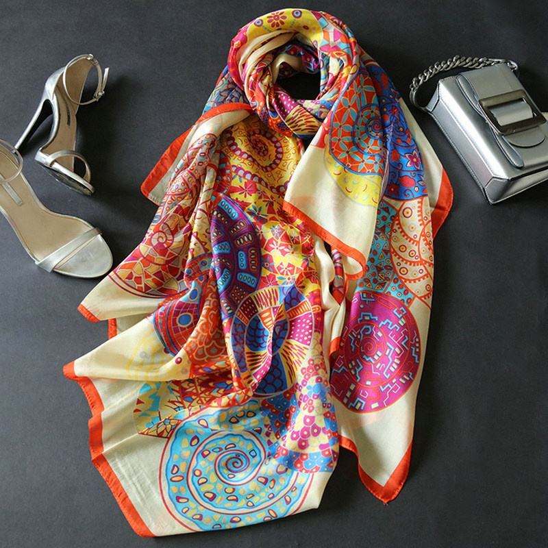 Wholesale Custom Fashion Stylish Printed Square Silk <strong>Scarf</strong> For Women