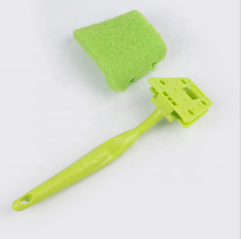Replaceable Scouring Pad Kitchen Scrub Cleaning <strong>Brush</strong> with Plastic Handle