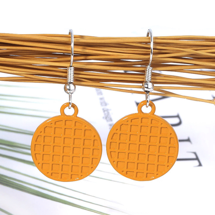 Wholesale factory zinc alloy metal round emboss pendant fashion earrings