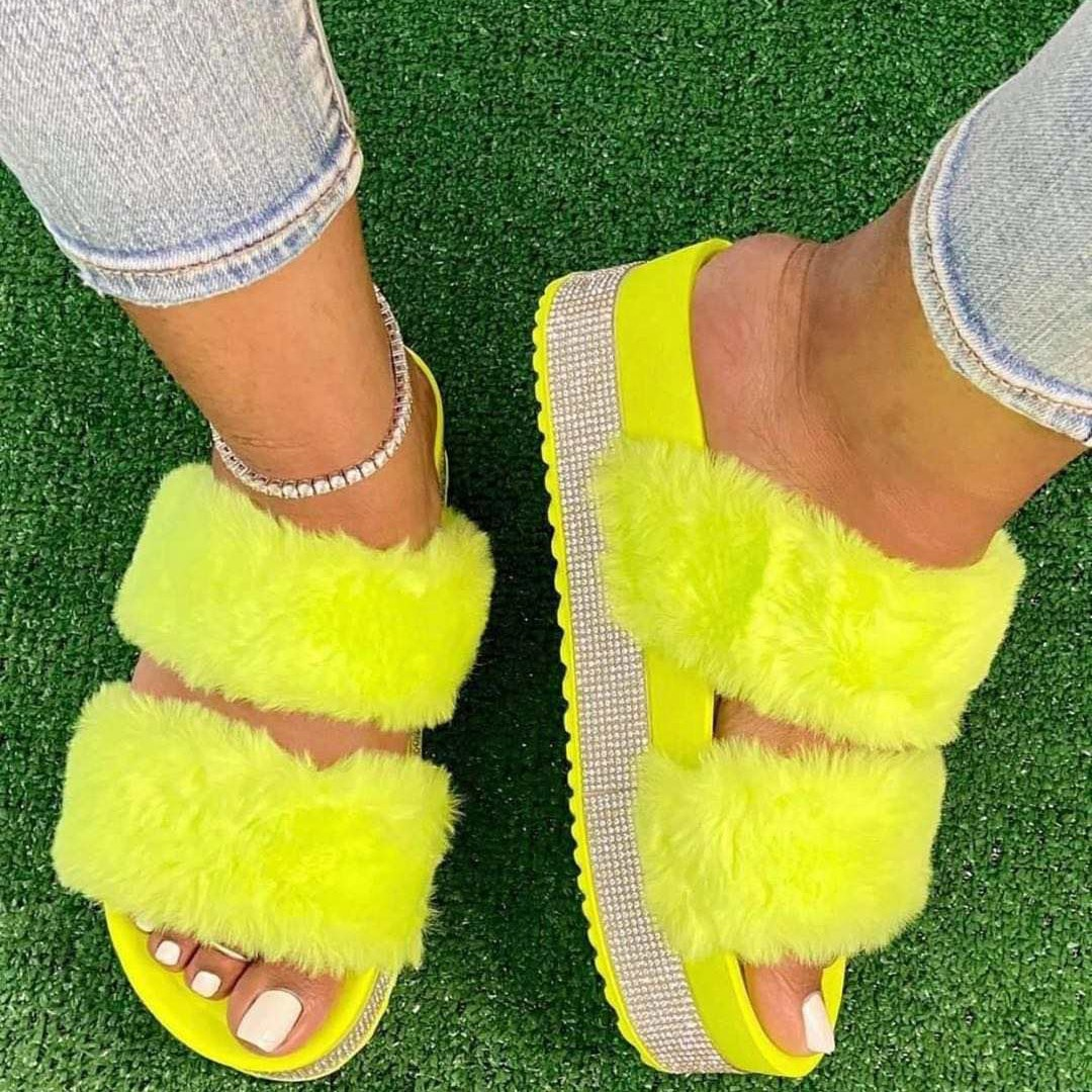 Diamonds Rhinestone Fluffy Fur Slides Shoes Thick Sole Sandals Women Summer Furry <strong>Slippers</strong>