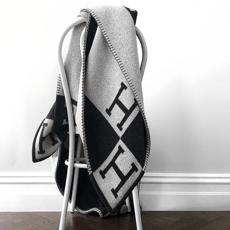 Fashion Knitted Super Soft Flying Thread Throw Wool and Cashmere Blanket for Yarn Dyed <strong>Plaid</strong> Blanket Black