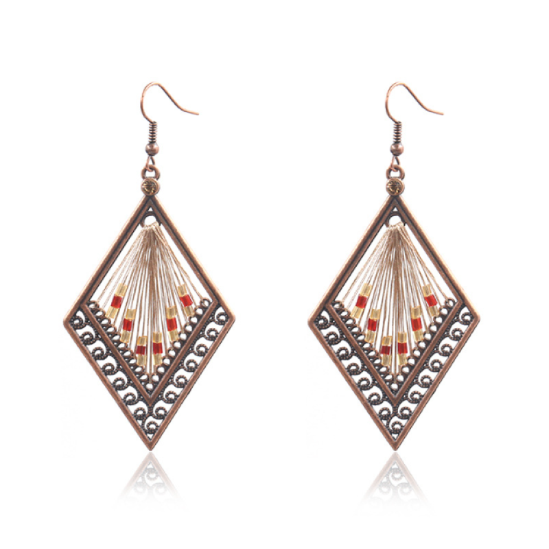 Hot Selling Retro Exquisite Hollow-Out Pattern Rhombus Alloy Earrings Woman