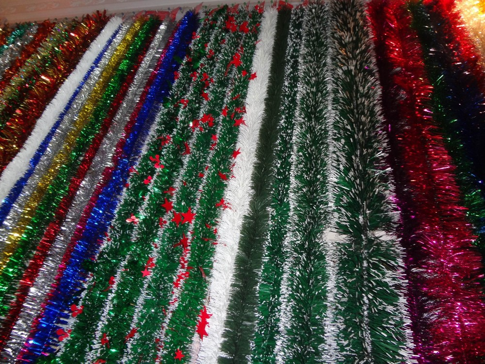 Hot selling christmas decoration pick tinsel garland buy