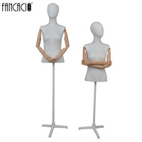 female half- body mannequin for window display with base with head 3032