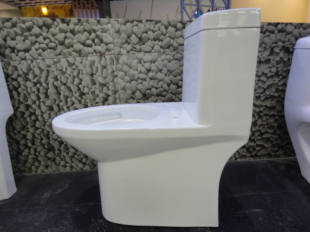 A3125 New Model Ceramic Siphonic One Piece Toilet