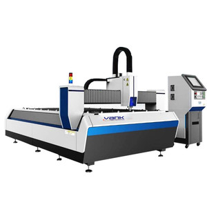 CNC raycus laser cutting machine for metal