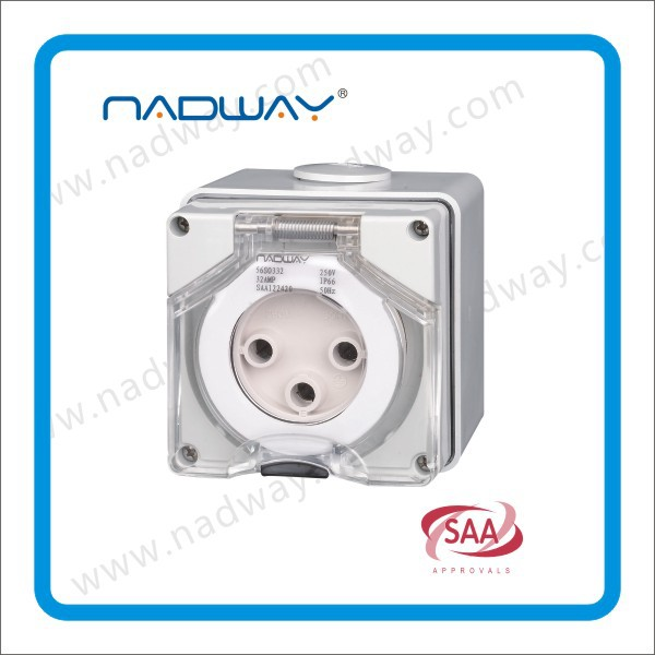 56SO520 socket outlets 500v 20A 5 round pins Electrical socket