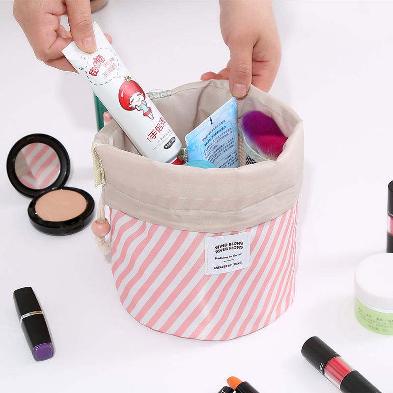 2019 New Round women makeup bag <strong>travel</strong> make up organizer Cosmetic bag female storage toiletry kit case