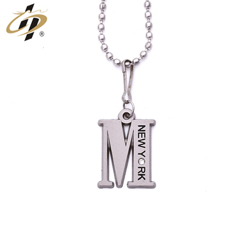Cheap wholesale custom zinc alloy metal silver letter M dogtag charm pendants