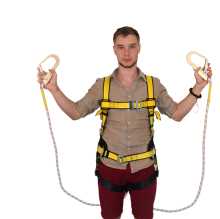 Adjustable fall protection full body <strong>safety</strong> harness with double lanyard construction