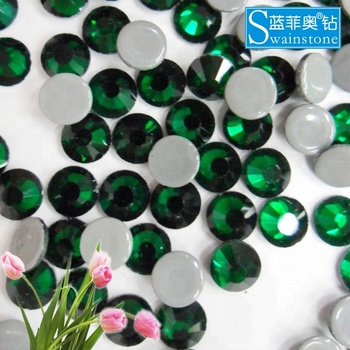 Y1012  factory ss16 emerald swainstone brand wholesale hot fix rhinestone ,cheapest rhinestone swainstone ,iron-on crystals